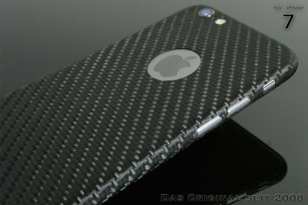 Carbon Cover iPhone 7 with Logo Window